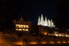 Palazzo e cattedrale reali di Almudaina in Palma de Mallorca, Balear Immagini Stock