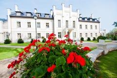 Palazzo e giardino Fotografie Stock