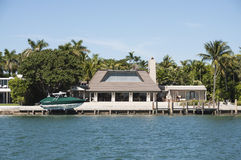 Palazzo lussuoso sull'isola della stella a Miami Immagine Stock Libera da Diritti