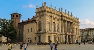 Palazzo Madama under en solig dag i sommar 2018 royaltyfri bild