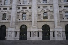 Palazzo Mezzanotte Ιταλικό χρηματιστήριο στο Μιλάνο στοκ φωτογραφία