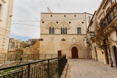 Palazzo Montalto和优秀大学毕业生格雷西亚废墟, Ortigia 免版税库存照片