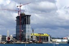 Palazzo multipiano in costruzione Immagine Stock Libera da Diritti