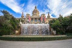 Palazzo nazionale di Barcellona sulla montagna Montjuic immagini stock
