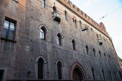 Palazzo Pepoli, huis van het Museum van Geschiedenis van Bologna, Italië Palazzo Pepoli Vecchio, stock foto's