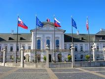 Palazzo presidenziale a Bratislava, Slovacchia fotografia stock libera da diritti
