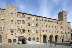 Palazzo Pretorio in der historischen Mitte von Volterra, Toskana, Italien Lizenzfreie Stockfotografie