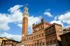 Palazzo Publico in Piazza del Campo & x28; Hall& x29 della città; di Siena, la Toscana, Italia fotografia stock