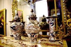 Palazzo Reale är en savojkålherrgård och ett nationellt museum på via Balbi i Genoa Italy Arkivfoton