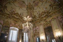 Palazzo Reale es una mansión y un Museo Nacional de la col rizada en vía Balbi en Genoa Italy Imagenes de archivo
