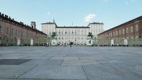 Palazzo Reale y Piazzetta Reale en 4k