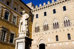 Palazzo Salimbeni in Siena, Italien Stockbilder