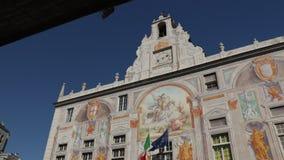 Palazzo San Giorgio en de opgeheven weg stock footage