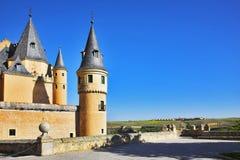 Palazzo a Segovia ed i campi rurali fotografia stock libera da diritti