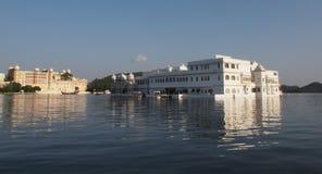 Palazzo Udaipur India del lago Fotografia Stock Libera da Diritti
