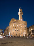 Palazzo Vecchio em Florence At Night Foto de Stock