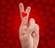 Palce krzyżujący robić romantycznej pozie Zdjęcia Royalty Free