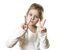 palec dziewczyna pokazywać dwa Fotografia Royalty Free