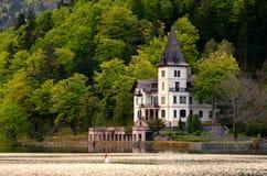 Paleis op het meer Royalty-vrije Stock Foto