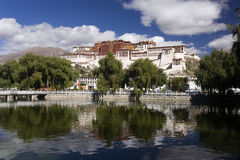 Paleis Tibet - Potala in Lhasa Stock Foto's