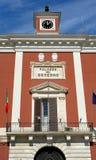 Paleis van de prefectuur in het belangrijkste vierkant van Bari stock fotografie