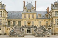 Paleis van Fontainebleau in Frankrijk stock afbeeldingen