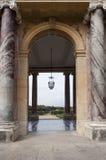 Paleis van Versailles aan het park Royalty-vrije Stock Fotografie
