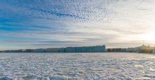 Paleisdijk, de Winterpaleis & x28; Hermitage& x29; Stock Afbeelding
