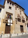 Paleizenhuizen in Aalmoezenier Suarez vierkant-Granada-Andalusia-Spanje - EUROPA royalty-vrije stock foto's
