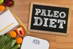 PALEO-DIÄT (Eignungs- und Gewichtsverlustkonzept, Frucht und Band mea lizenzfreies stockfoto