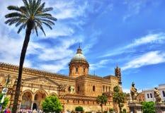Palermo domkyrka i hdr Arkivbilder