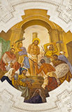 Palermo - fresk Jezus dla Pilatus sceny na suficie boczny nave w kościelnym losu angeles chiesa Del Gesu Obraz Stock