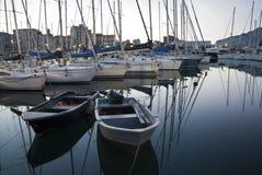 Palermo - Hafen in der Dämmerung Lizenzfreie Stockfotos