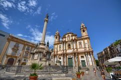 Palermo, Itália, Sicília 24 de agosto de 2015 A igreja de San Domenico fotos de stock