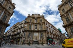 Palermo, Italië, Sicilië 24 Augustus 2015 Quattro Canti, of piazza Villena Stock Afbeeldingen