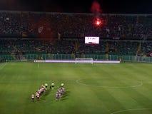 PALERMO ITALIEN - Augusti 11, 2013 - di Palermo för USA Citta vs USA Cremonese - TIM KOPP Royaltyfri Fotografi