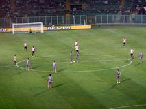 PALERMO ITALIEN - Augusti 11, 2013 - di Palermo för USA Citta vs USA Cremonese - TIM KOPP Arkivbilder