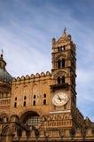 PALERMO, ITALY†'03 2017 Styczeń: Zadziwiający zegarowy wierza palermo sicily Obraz Royalty Free