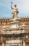 Palermo - Kathedraal of Duomo en Santa Rosalia Royalty-vrije Stock Fotografie