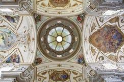Palermo - kupol och tak av den kyrkliga Lachiesaen del Gesu Royaltyfri Foto