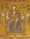 Palermo - Madonna på biskopsstolen från huvudsaklig absid av den Monreale domkyrkan Arkivbilder