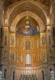Palermo - mosaiker av den huvudsakliga absid av den Monreale domkyrkan. Arkivbild