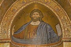 Palermo - mosaiker av den huvudsakliga absid av den Monreale domkyrkan - Kristus Arkivbild