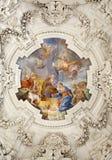 Palermo - narodzenie jezusa scena na suficie boczny nave w kościelnym losu angeles chiesa Del Gesu Zdjęcie Stock