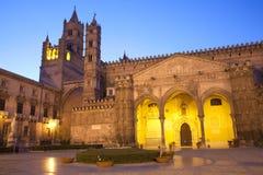Palermo - südwärts Portal der Kathedrale oder des Duomo Lizenzfreies Stockfoto