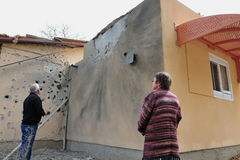 Palestijnse raketaanvallen op Israël Stock Afbeeldingen