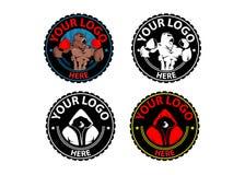Palestra di logo della palestra di kickboxing del boxe di pugilato di sport Immagine Stock