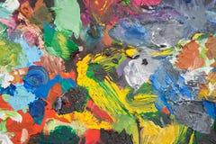 Paleta com cursos da pintura Imagens de Stock Royalty Free
