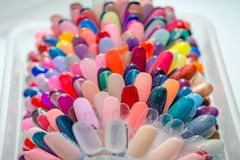 Paleta dla lakieru Kolor paleta dla lakieru Lakiernicza kolor paleta w piękno sklepie Fotografia Royalty Free