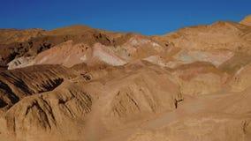 Paleta surpreendente dos artistas no parque nacional de Vale da Morte em Califórnia video estoque